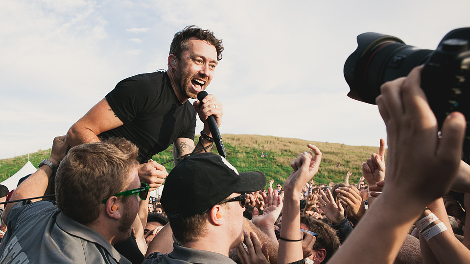 Rise Against - Featured Image