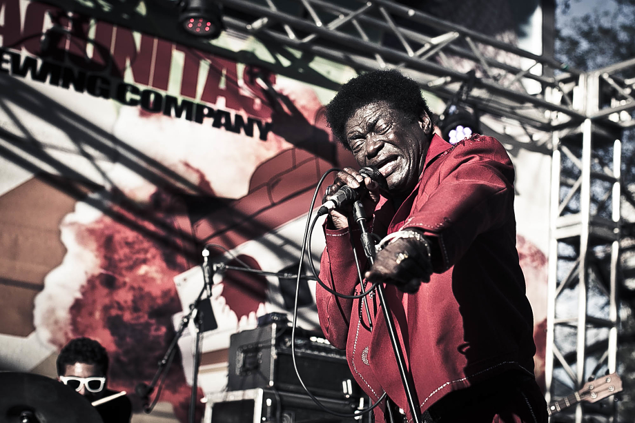Charles Bradley - Container Bar