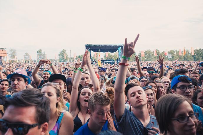 WayHome - Crowd