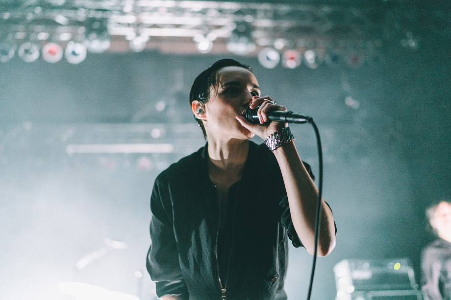 Savages-11