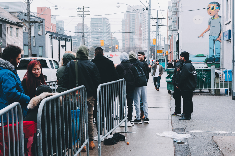 the-weeknd-starboy-pop-up-toronto-1