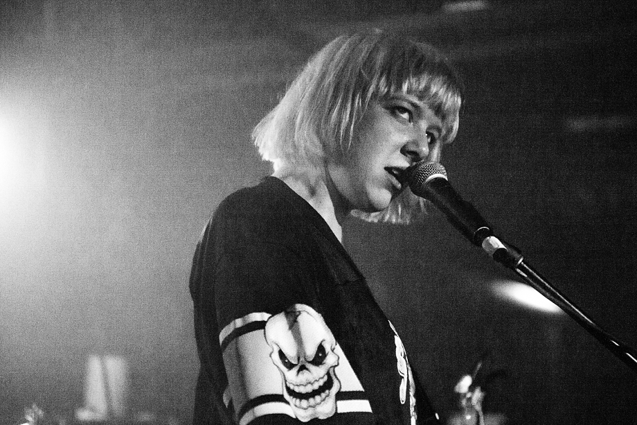 Dilly Dally - Silver Dollar Room-4