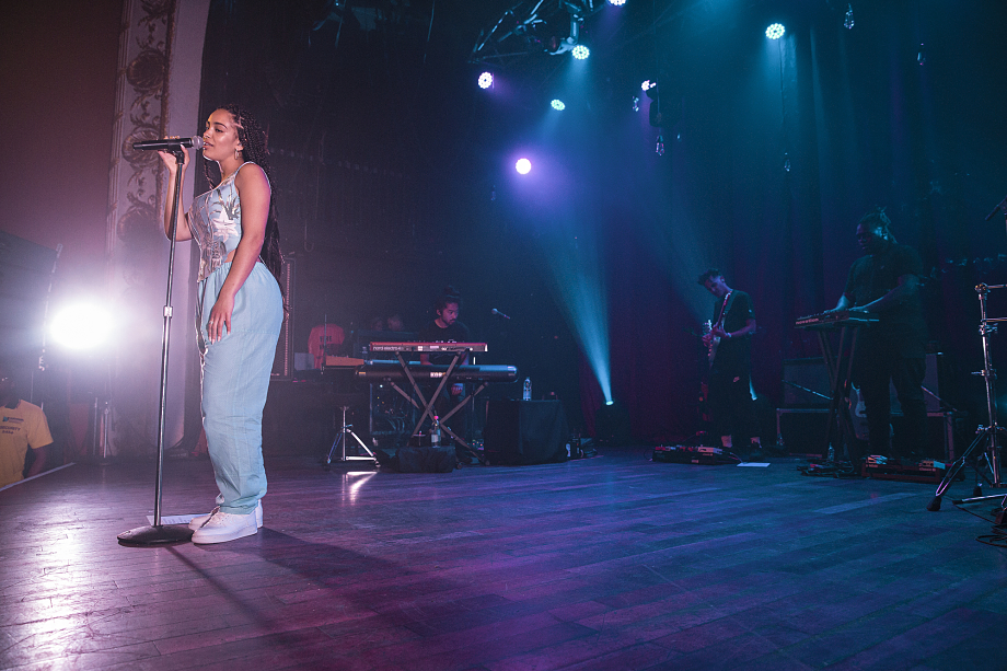 Jorja Smith - The Opera House-10