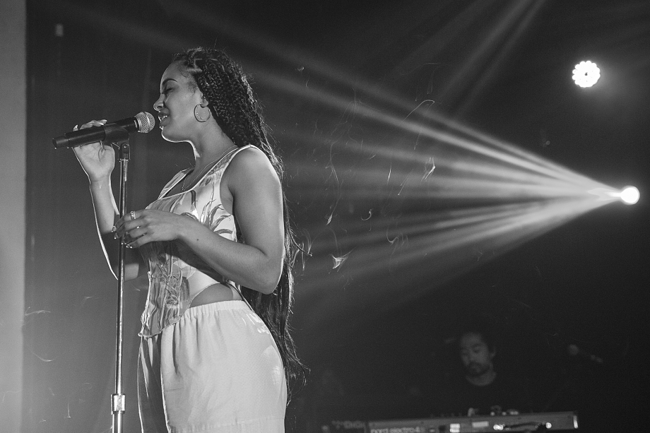 Jorja Smith - The Opera House-3