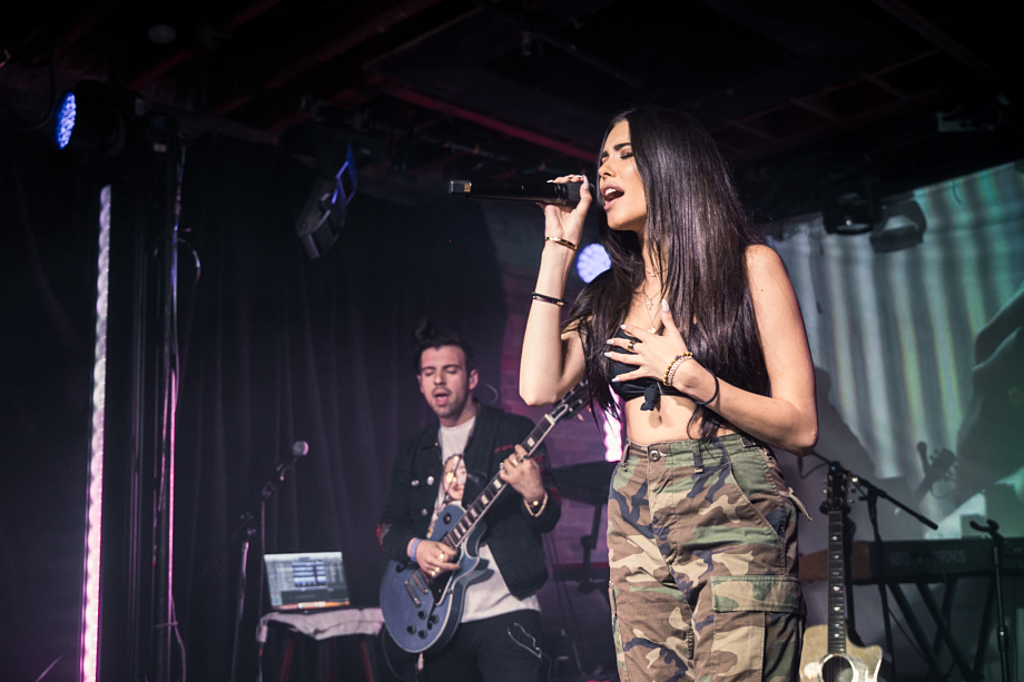 Madison Beer - The Velvet Underground-1
